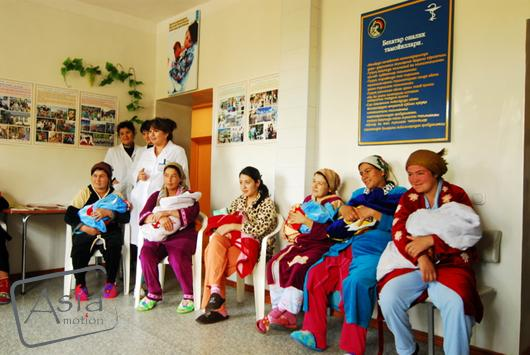 Photo story Asia Motion - 10_maternity uzbekistan_UNICEF mission_anthonyasael-web-asiamotion.jpg