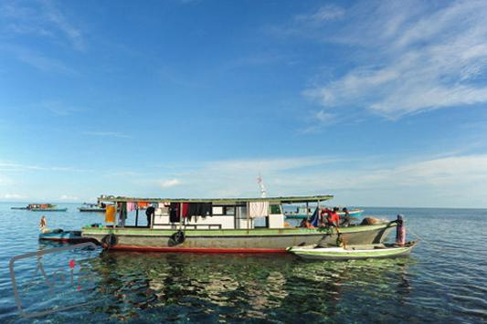 Photo story Asia Motion - 19_Malaysia-Sea Gypsies in Borneo-anthonyasael-web-asiamotion.jpg