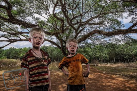 Photo story Asia Motion - ALBINO BROTHERS.jpg