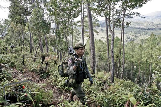 Photo story Asia Motion - CS_Burma_Rebels_07.jpg