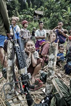 Photo story Asia Motion - CS_Burma_Rebels_15.jpg