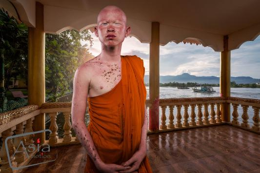 Photo story Asia Motion - Monk.jpg